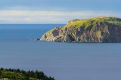 Скалы, seascape и ландшафт Twillingate в Ньюфаундленде, атлантической Канаде Стоковая Фотография