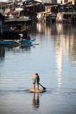 скваттер хибарки сплотка человека зоны Стоковые Фото