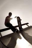 скейтбордист силуэта Стоковая Фотография RF