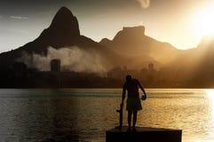 Скейтбордист в Рио-де-Жанейро Стоковые Фото