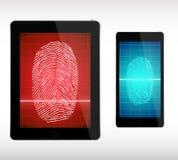 Скеннирование отпечатка пальцев на умных телефоне и таблетке - иллюстрации Стоковое фото RF