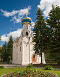 Церковь в Sergiev Posad, России Стоковые Фотографии RF