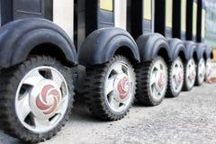 Складывая загородка колеса стального колеса дорогая железная стоковые фото