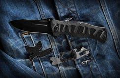 Складывая ` Kershaw ` Marser ` компании ножа и ` компании keychains-инструментов Стоковое фото RF
