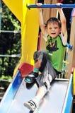 скольжение мальчика смешное Стоковое Фото