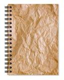 Скомканная бумажная тетрадь Brown стоковые изображения rf
