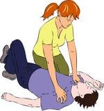 Скорая помощь - женщина около человека обморочного Стоковые Изображения
