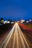 Скоростная дорога Торонто восточная Gardiner и город стоковое изображение rf