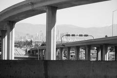 Скоростное шоссе Лос-Анджелеса Калифорнии 105 Стоковые Фотографии RF