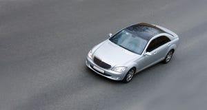скорость автомобиля немецкая серебряная Стоковая Фотография