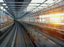 Скорый поезд в токио Стоковая Фотография