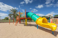Скольжения и спортивные площадки детей Парк спортивной площадки Стоковое Изображение