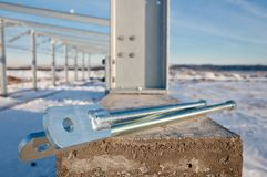 Скрепленное болтами соединение на строительной площадке стоковая фотография rf
