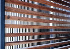 Скрещивание вертикальных и горизонтальных деревянных балок Справочная информация Стоковое Изображение