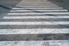 Скрещивание Crosswalk или пешеходного перехода или зебры Стоковое Изображение