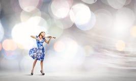 Скрипач женщины Стоковое Фото