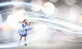 Скрипач женщины Стоковые Изображения RF