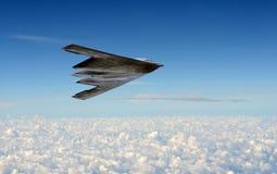 скрытность полета бомбардировщика стоковые фото
