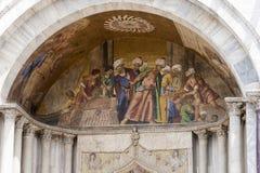 Скульптура Базилики di Сан Marco в Венеции, Италии Стоковое Изображение