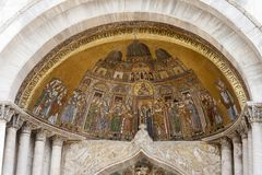 Скульптура Базилики di Сан Marco в Венеции, Италии Стоковые Фото