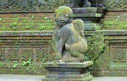 Скульптура виска на Бали Индонезии, индонезийской религиозной архитектуре стоковые фото