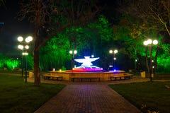 Скульптура голубя на квадрате Festivalny, Сочи, России Стоковые Изображения