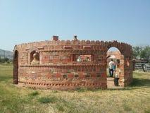 Скульптура дома кирпича круглая Стоковые Изображения RF