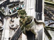 Скульптура на внешней стене собора Реймса Стоковые Изображения RF