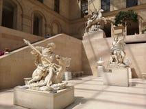 Скульптуры в Лувре в Париже, Франции Стоковые Изображения