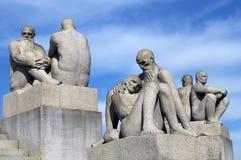 Скульптуры старые люди и мужчин в Vigeland паркуют, Осло Стоковые Фотографии RF