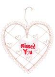 Скучано по вам сообщение на доске примечания сердца Стоковые Изображения