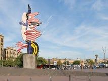 Скульптура Барселона смотрит на Барселону Стоковые Изображения RF