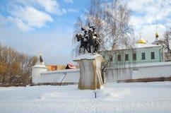 Скульптура Бориса и Gleb в монастыре Borisoglebsky, Dmitrov, России стоковая фотография