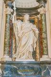 Скульптура в базилике St. John Lateran в Риме, Италии стоковое фото rf