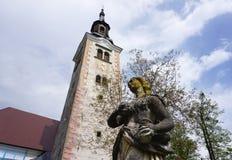 Скульптура девой марии на острове церков паломничества Стоковые Изображения