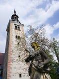 Скульптура девой марии на острове церков паломничества Стоковая Фотография RF