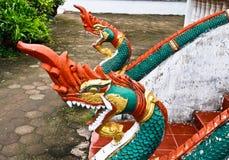 Скульптура лестницы Naga в виске Lao Стоковая Фотография