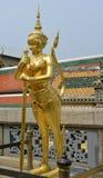 Скульптура золота в грандиозном дворце, Бангкоке Стоковое Изображение RF