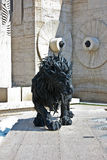 Скульптура и каскад льва в Ереване Армении стоковая фотография rf