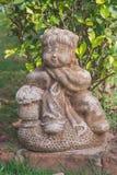 Скульптура китайского парка девушки публично стоковые фотографии rf