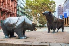 Скульптура медведя и Bull в Франкфурте am Мейне Стоковое Изображение