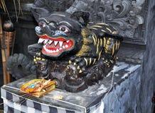 Скульптура на входе Стоковая Фотография RF