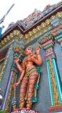 Скульптура на красочном виске Mahamariamman на дороге Бангкоке Silom, известно вызванном как Wat Khaek, висок devi Умы Стоковое Фото