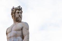 Скульптура Нептуна фонтана конца Нептуна вверх Стоковые Изображения