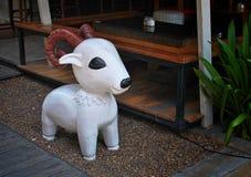 Скульптура овечки Стоковые Фото