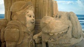 Скульптура песка поднимающего вверх кино Стоковая Фотография RF