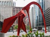 Скульптура фламинго в Чикаго стоковая фотография
