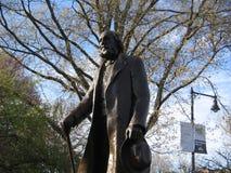Скульптура Эдварда Эверетта здоровая, сквер Бостона, Бостон, Массачусетс, США стоковые изображения