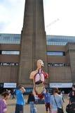 Скульптура Tate Damien Hirst современное Стоковые Фотографии RF