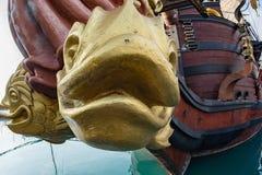 Скульптуры и украшение на сосуде пирата Стоковая Фотография